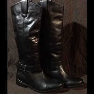 Topshop single buckle boots