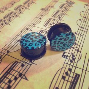 Jewelry - Blue & Black Acrylic Leopard Print Plugs