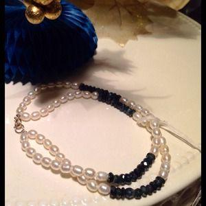 Jewelry - Genuine Pearls & Sapphires bracelet w 14 K clasp