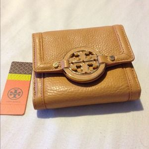 % Authentic TORY BURCH Tri-fold Wallet