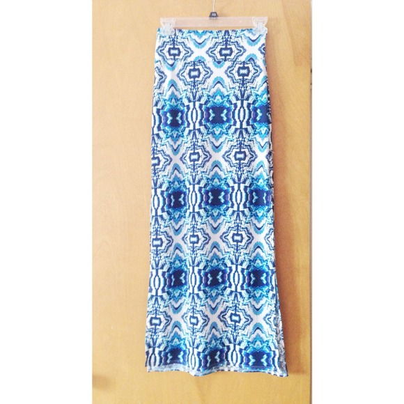 90 dresses skirts maxi skirt with two slits