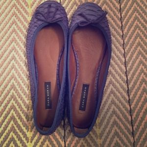 ZARA blue snake leather flats!!