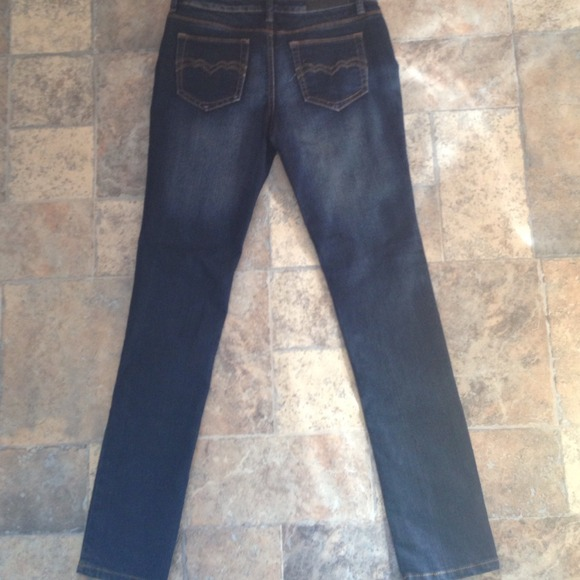 75% off TWENTYONE BLACK Pants - TWENTYONE BLACK JEANS SIZE 5/6