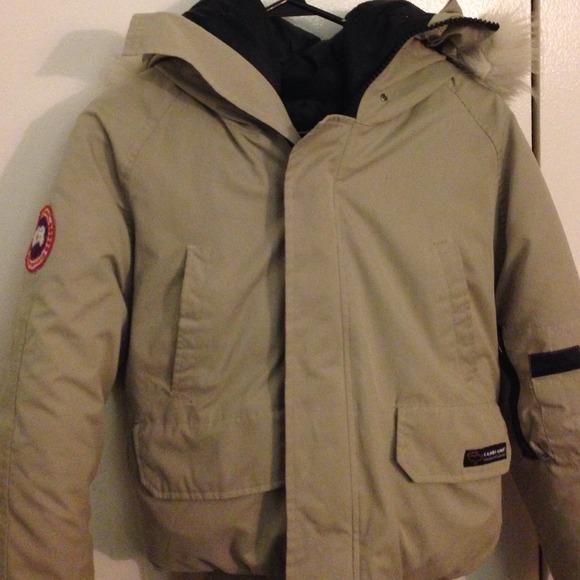 e6ccdd8729b canada goose Jackets & Coats | Xs Tan Bomber Jacket | Poshmark