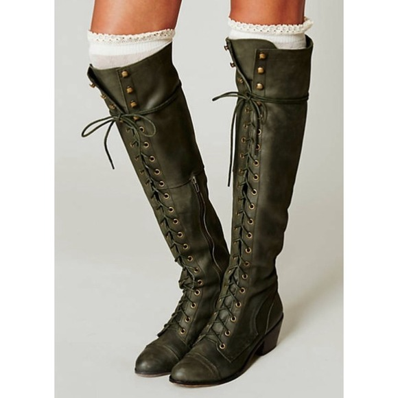 38 Off Free People Boots ⬇️⬇️hp🎉jeffrey Campbell Joe