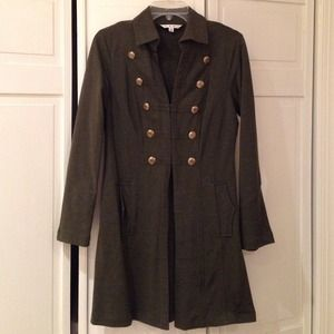 Beautiful hunter green jacket