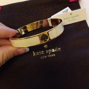 Kate Spade HL Punch Spade bangle