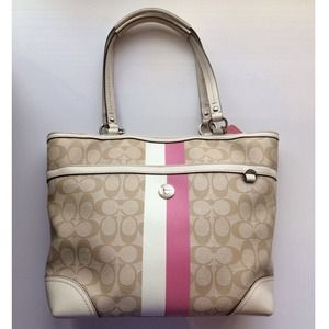 Coach Handbags - Coach tote