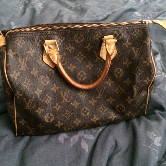 303a5028ad5 Authentic LV speedy doctor bag size 30