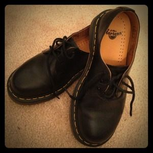 Dr. Martens Shoes - Dr. Martins DOCS 1461 Oxfords Black LIKE NEW Sz5US