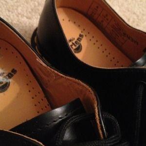 Dr. Martens Shoes - Dr. Martins DOCS 1461 Oxfords Black LIKE NEW Sz5US