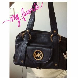 ON HOLDYour new, everyday MK bag!!!!!