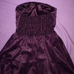 Dresses - Brand new prom dress