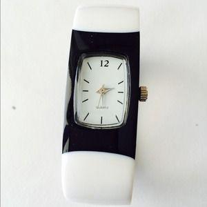 Accessories - Bracelet watch