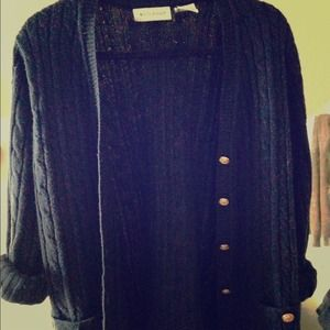 Vintage navy blue oversized cable-knit sweater