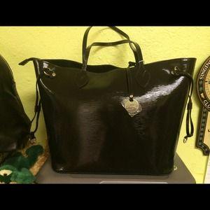 BRand  NEW ITALIAN FIORE   BAG