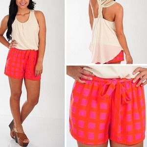 Cute red/pink shorts💗