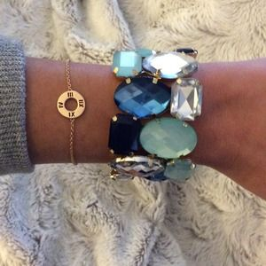 Stretch crystal gem statement bracelet