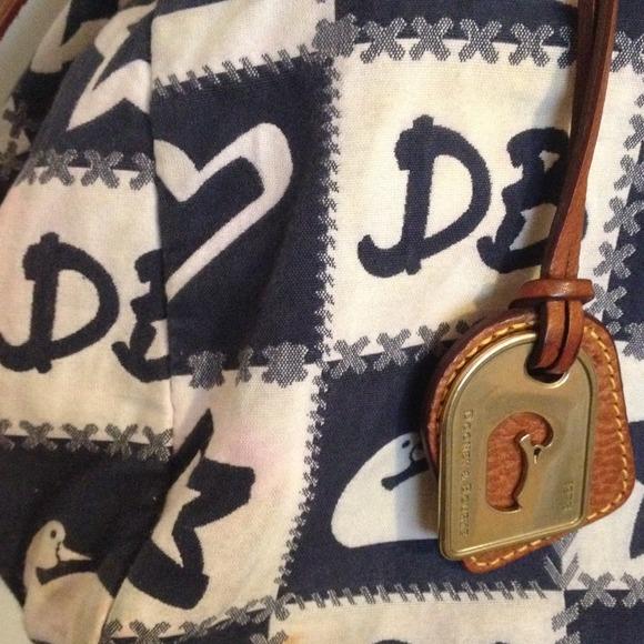 Dooney & Bourke Bags - Dooney & Burke Bag