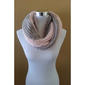 Accessories - NWT Collar Snood Scarf