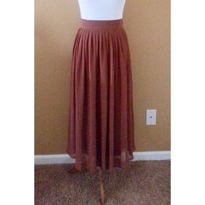 Dresses & Skirts - Chiffon Maxi Skirt