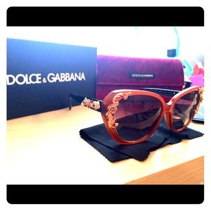 Dolce & Gabbana Accessories - **LAST CHANCE!!!! D&G tortoise shell sunglasses