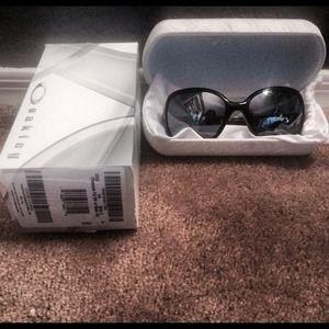 534c2db79f oakley Accessories - Oakley women s Obsessed Sunglasses