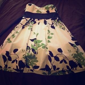 Spring dress! Black white and green tube top dress