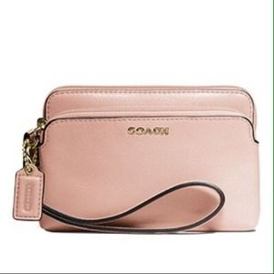 💟Coach Madison Double Zip Wristlet in Leather💟