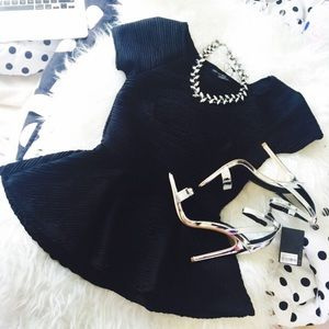 HOST PICKZara peplum top