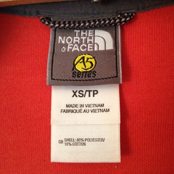 b91386ece6 ... Everest Track Jacket. The North Face. M 533860cb4845e640fc14f33a.  M 533860d32d24900823151c67. M 533860dab539e4121614f827.  M 533860e121bf8d67fb13ff3e