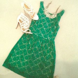 Mystic Dresses & Skirts - Gorgeous Kelly green a-line dress Sz. S