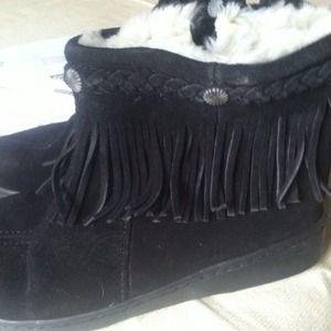 Minnetonka Ankle Boots