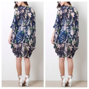 Tops - GORGEOUS Blue Floral Kimono Cardigan Top