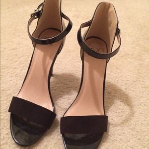 Shoes - Black ankle strap heels.