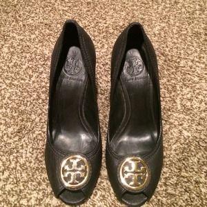 90dee013bf7 Tory Burch Shoes - Tory Burch peep toe wedges