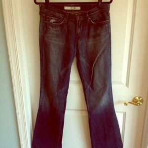 REDUCED!!  Classic boot cut Joes jeans