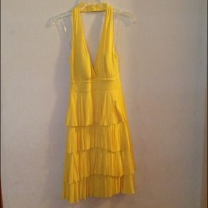 Dresses & Skirts - Yellow sundress
