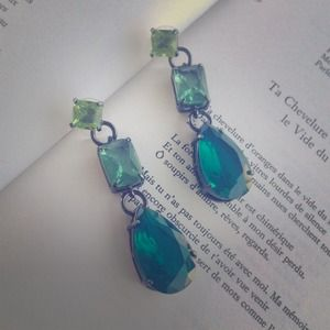 Jewelmint Jewelry - Jewelmint hombre earrings