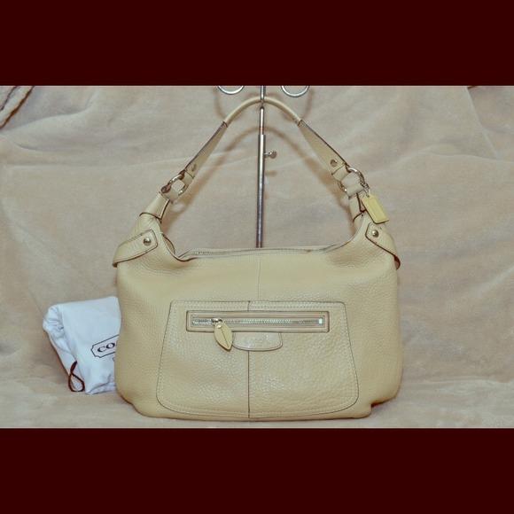 Coach Bags   Penelope Pebble Leather Cream Hobo 14681   Poshmark 7e78b06cb4