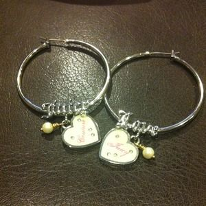 Juicy Couture NEW hoop earrings / silver