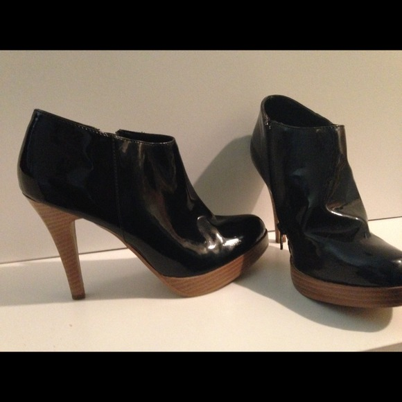 67 shoes reduced black ankle boots from alenic al