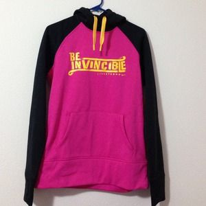Nike LiveStrong Therma-Fit Pink Sweat size M