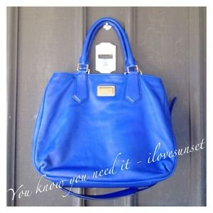 Marc by Marc Jacobs Bags - 🎉HP 04 07🎉MbMJ Bauhaus Blue Large 441cb9b9fb232