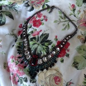 Jewelry - Gem chunky necklace