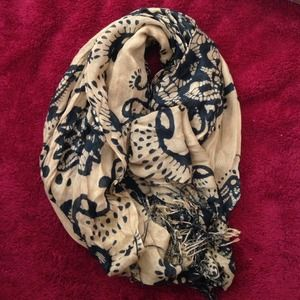ModCloth Accessories - Printed scarf