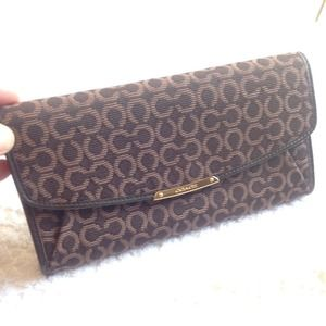 New Coach Madison OP ART Needlepoint Clutch Wallet