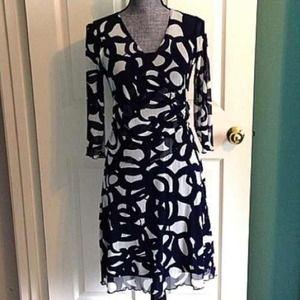 BCBG Dresses & Skirts - BCBG Navy & White Faux Wrap Dress Small Stretchy
