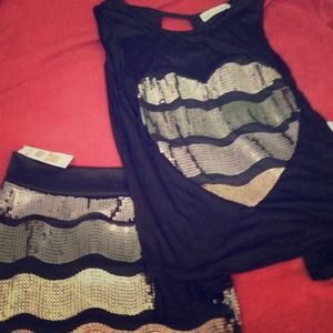 Dresses & Skirts - Skirt/matching top