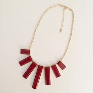 Forever 21 Jewelry - Oxblood Statement Necklace